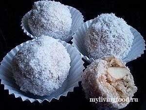 """Конфеты с кокосом """"Рафаэлло"""""""