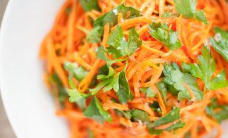 Морковный салат с лисичками