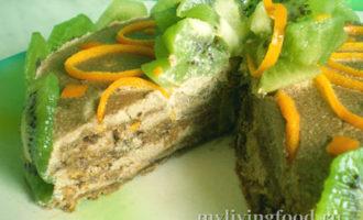 Сыроедческий торт с киви Чародейка
