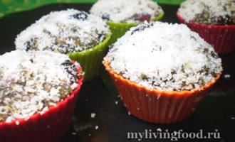 Сыроедческие маффины с ягодами – простой рецепт с фото