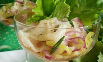 салат с дыней