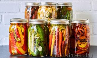 Маринованное ассорти из овощей по-сыроедчески