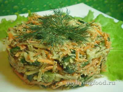 Салат из топинамбура с маринованными огурчиками