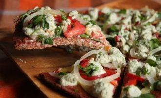 Сыроедческая пицца Пепперони