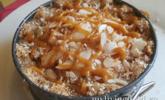 Магрибский пирог с миндалем и грушами по-сыроедчески