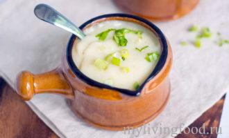 Веганский суп из цветной капусты и картофеля