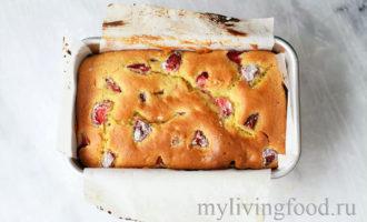 Клубничный хлеб / десерт